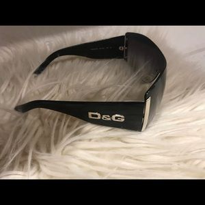 D&G glasees